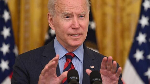 Biden le da la espalda a Cuomo y dice que debe renunciar tras los señalamientos de acoso sexual
