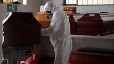Así busca FEMA que más familias afectadas por el coronavirus reciban asistencia económica por gastos fúnebres