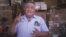 Distribuir alimentos para los más necesitados se ha convertido en la misión de vida de este inmigrante mexicano