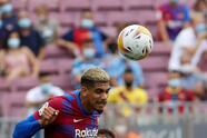 Barcelona consigue llevarse la victoria ante el Getafe 2-1, durante la tercera Jornada en La Liga. Sergi Roberto abrió el marcador muy temprano (2') a favor de los 'blaugrana', pero al minuto 18' Sandro Ramírez ya igualaba el marcado. Fue hasta el minuto 30' donde Memphis Depay ya ponía al Barca arriba y le daba la victoria.