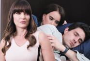 Diseñando Tu Amor - Patricia fotografió a Valentina y Ricardo durmiendo juntos - Escena del día