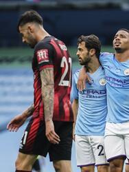 Con goles de David Silva y Gabriel Jesus, el Manchester City camina a la victoria en casa y mete en aprietos de descenso al Bournemouth.