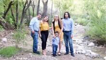 Viaja a México la madre que busca un trasplante de hígado para continuar viviendo