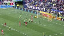 Panameño Michael Murillo se luce con gran asistencia y Aaron Long descuenta para Red Bulls
