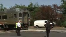 Dos personas mueren tras ser embestidas por un tren en Nueva Jersey