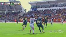 ¡El capitán! Oribe aprovecha un rebote y hace su cuarto gol en el torneo