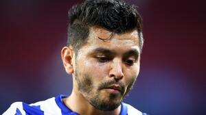 Sin acuerdo el Milan por 'Tecatito' Corona y no saldrá