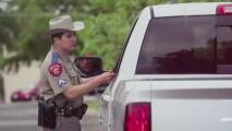 """""""Tiene problemas constitucionales"""": reacciones a iniciativa que pide al DPS detener vehículos sospechosos de transportar indocumentados"""