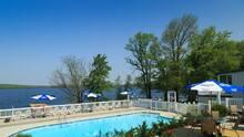 """Este es el resort de Pensilvania que te ofrece una experiencia """"tropical"""" en el lago Wallenpaupack"""