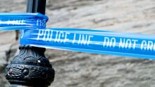 Papá de joven envuelto en tiroteo, atacó a la policía
