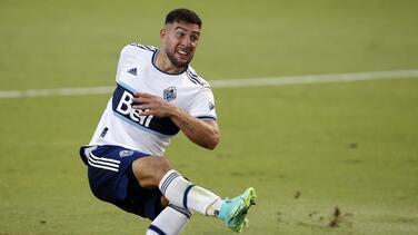 Lucas Cavallini se lesionó una rodilla y se perderá seis semanas