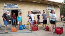 Escaso suministro de combustible se convierte en problema crítico para Louisiana tras el huracán 'Ida'