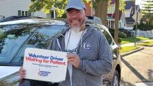 Miguel Meléndez es nuestro Ángel del 41 de octubre: te contamos sobre su ayuda a pacientes con cáncer