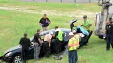 Hombre muere ahogado tras pare policial cuando auto en el que estaba cayó a lago en Florida