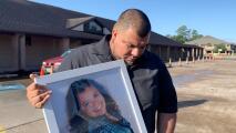 """""""Perdonamos señor"""": dan el último adiós a madre hispana que muere arrastrada durante robo"""
