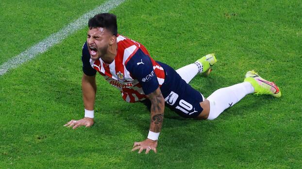 Dura baja: Alexis Vega sigue lesionado y no estará ante Cruz Azul