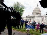 Senado lanza propuesta de ley bipartidista para acabar con el abuso sexual en las Fuerzas Armadas