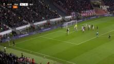 ¡GOL!  anota para Eintracht Frankfurt. Almamy Touré