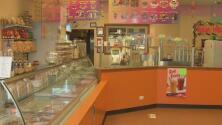 Dueños de una heladería en Chicago logran recuperarse tras un robo a mano armada