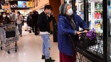 Supermercados en el sur de California habilitan horarios exclusivos para los más vulnerables al coronavirus