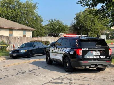 Oficial de Round Rock hiere a un hombre que fue sorprendido tratando de robar vehículos