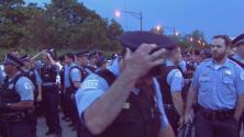 Policía destina a 1,300 oficiales más en las calles para este fin de semana feriado en Chicago