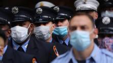 Empleados municipales de Nueva York tienen hasta el 1 de noviembre para vacunarse, ¿qué pasaría si no lo hacen?