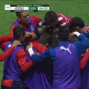 ¡Se come el gol! Mayorga vence a Antony Silva con un zapatazo para el 0-1