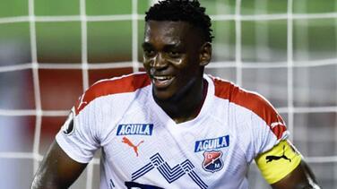 LAFC, preparado para incorporar a central colombiano