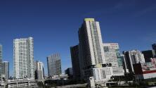 Temperaturas cálidas y cielos parcialmente despejados para este lunes en Miami