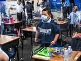Juez en Arizona declara inconstitucional prohibir los mandatos de mascarillas en las escuelas