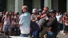 Silvio Rodríguez niega represión del régimen a las protestas en Cuba