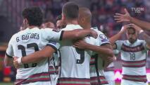¡Cabezazo letal! André Silva inaugura el marcador 1-0 ante Qatar