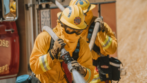 Bomberos atienden incendio en el Este de San José