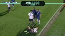 De figura del Leicester a golpear sin balón a un joven de 16 años