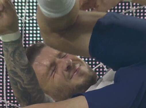 ¡De milagro! Edson y el hombro de Talavera impiden el gol