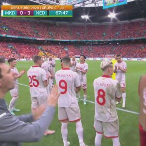 ¡Pasillo de campeón! Pandev dice adiós al futbol con una gran ovación
