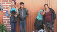 Miembros de la comunidad LGBT que forman parte de la caravana dicen que si regresan a sus países encontrarán la muerte