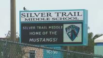 Al menos tres estudiantes enfrentan cargos por hacer amenazas contra una escuela en Pembroke Pines