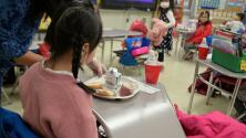 ¿Qué opciones habrá para familias en Nueva York que no tienen cómo pagar una guardería para sus hijos?