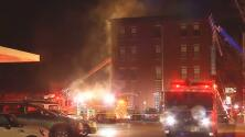 Incendio deja sin hogar a más de 50 personas en Kennet Square