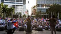 """""""No se puede negociar con el comunismo"""": exilio cubano en Miami se une en una sola voz para pedir libertad en la isla"""
