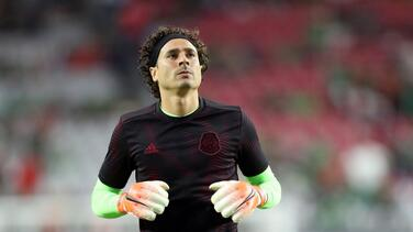 Ochoa explota contra la Concacaf tras lesión de 'Chucky' Lozano