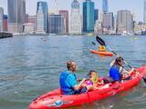 Actividad de verano: Ahora puedes pasear gratis en kayak en Brooklyn Bridge Park
