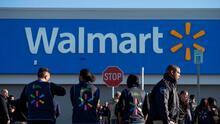 Walmart pagará la universidad a sus trabajadores, una herramienta para conservar empleados