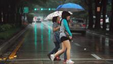 Ten el paraguas a la mano: Se pronostican lluvias y condiciones cálidas para este sábado en Miami