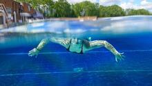 Encuentran a tres niños sumergidos en la piscina de la vivienda, dos están en condición crítica