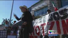 Sacramento se solidariza con Ayotzinapa