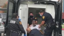 Autoridades de San Antonio arrestan a un hombre tras atrincherarse en una vivienda por presunta violencia doméstica
