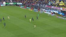 Polémica mano de Roger Martínez le arrebata un gol al América